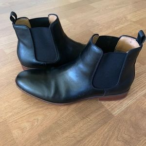 Black ankle boots. Men size 8.